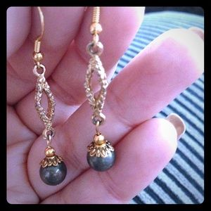 Pyrite and gold tone long earrings (E013)